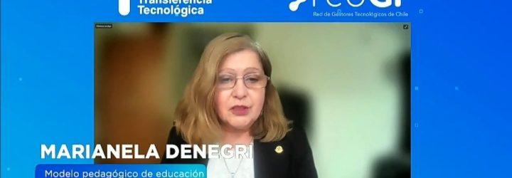 academica-denegri-recibepremio2021